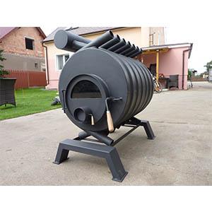 Teplovzdušná pec sa zberačom teplého vzduchu